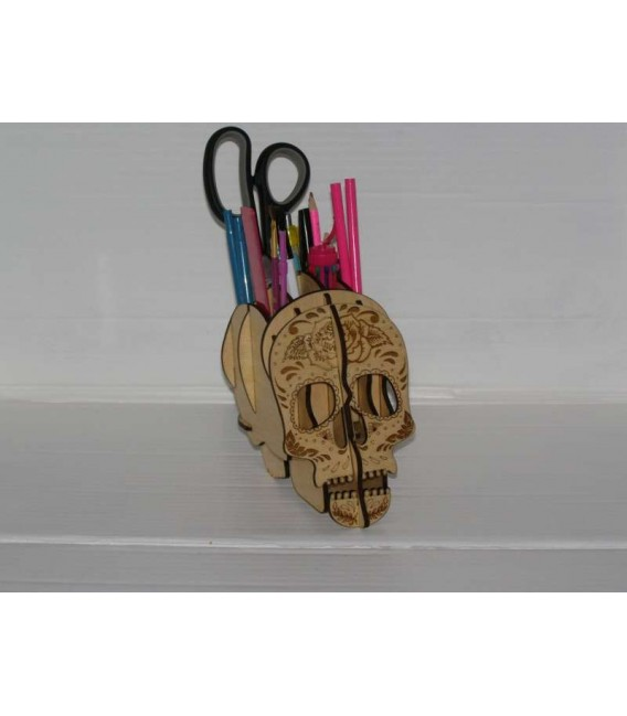 Skull pattern pencil holder wood desktop organizer pen holder