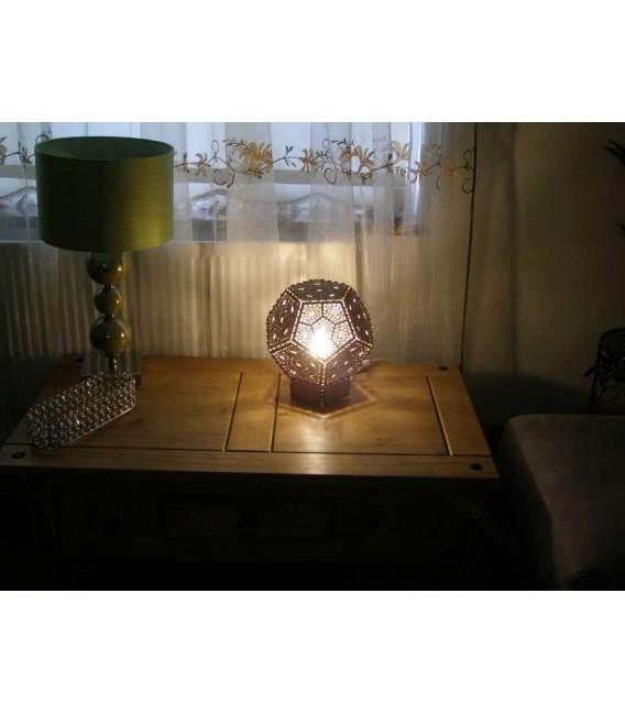 Wooden polyhedron table lamp.